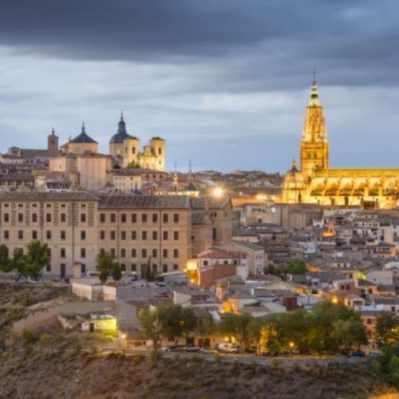 Clases de literatura en las calles de Toledo